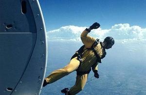 万米高空奇迹:不带降落伞,她从失事飞机上掉下生还,什么救了她
