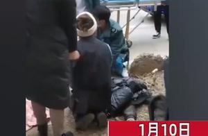 银川一小孩将爆竹扔进下水道,被炸飞5米当场身亡,母亲跪地痛哭
