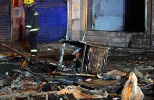 湖南汨罗一餐馆发生爆燃已致34人受伤,官方:原因正在调查