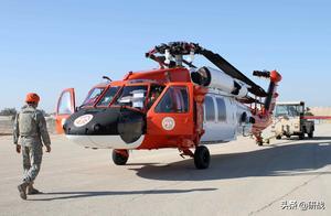 黑鹰直升机轰然坠地,美军多人毙命一片狼藉,以色列出兵紧急施救