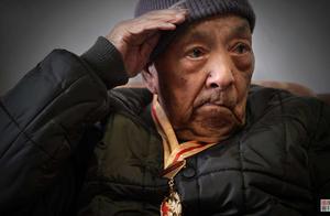 55年授衔的开国将军,还有三位健在,都是百岁老人