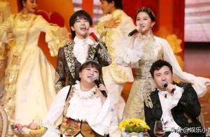《王牌》收官,华晨宇关晓彤手绘王牌家族五人,花花你都画的啥?