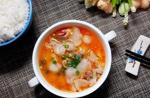 原来番茄巴沙鱼做起来这么简单呀,汤汁浓郁,鱼肉嫩滑细腻,好吃