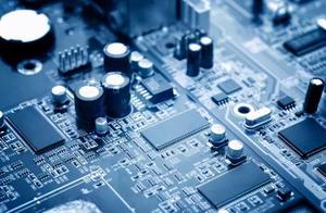 """6大百亿级芯片项目停摆,工信部正面回应:中国""""芯""""路在何方?"""