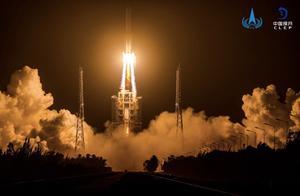 嫦娥五号今晨奔赴月球,国际同行是如何评价的?| 第一现场