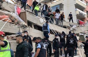 爱琴海地震,海水倒灌进城!土耳其空军基地遭灾,北约军高度戒备