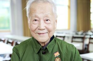 老战士汤健韶:含泪讲述战时老百姓的苦,我们不怕牺牲,打出了国威军威