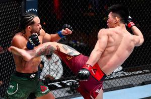 """中国力量""""功夫猴子""""宋亚东激战强势,遭遇UFC首败"""