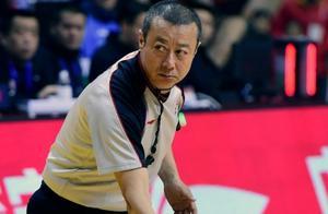 官方!CBA公司确定判罚无误,刘晓宇明显垫脚,北京队面临重罚