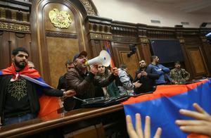 """亚美尼亚的""""918事件""""!一纸协议放弃卡拉巴赫,土耳其成最大赢家"""