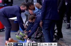 天妒英才!莫兰特刚打出爆炸表现就受伤,90度崴脚被轮椅推走