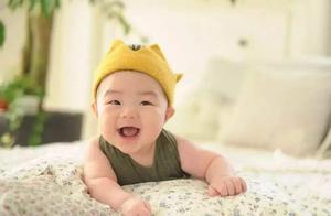 停止喝母乳后,宝宝会很快适应,但是妈妈们却不舍得,应该怎么办