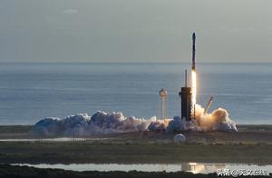 """遗憾!SpaceX虽成功发射60颗""""星链""""卫星 但痛失回收火箭"""