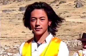 藏族小伙丁真签约国企为啥两份合同?肖像权归谁?当网红礼物归谁
