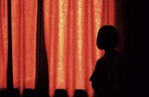 网曝一中年男子包养3名未成年少女,发布多张私密照片,意外牵出314人涉黄交流群,警方已介入调查