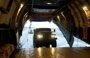 国之重器:安124一次向纳卡运送10辆装甲车,运20仍需努力