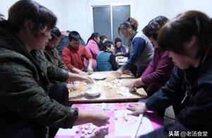 """东北人在雪地上""""晒饺子"""",南方人表示这个操作让人大开眼界!"""