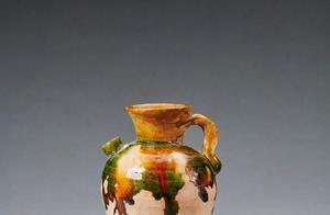 68件流失英国文物被追索回国,包括瓷器、陶器、石器、铜器等,时间跨度从春秋战国到清代