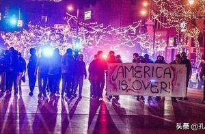 拜登领先 特朗普企图终止计票 多处爆发示威活动:美国完了