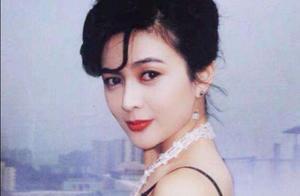 关之琳的风流情史:19岁结婚,两嫁富豪,高调的人生从不需卖惨