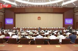香港国安法全票通过同日,驻港部队三军联合演练