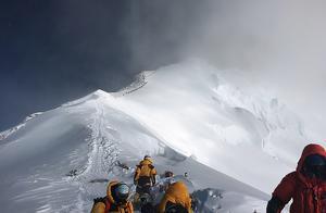 地球彻底沦陷?珠穆朗玛峰也发现了微塑料,危害目前尚不清楚