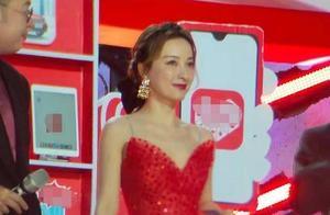 吴昕杜海涛节目被砍太可惜!吴昕穿红裙美艳又俏皮,却被梁田秒杀