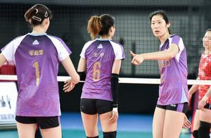 中国女排2021最新集训名单公布,朱婷 张常宁 领衔集训