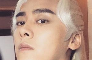 李易峰《镜双城》满头白发,眉毛被吐槽,网友:仿佛苍老了10岁