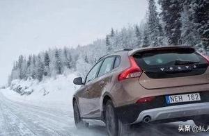 百分之七十老司机们不知道的雪天开车技巧,菜鸟们更要牢记