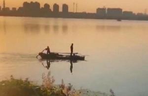 男子被困太湖5小时,80岁阿婆主动请缨摇船救人