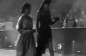 唐嫣出席活动生图,一袭黑色长裙大气,身材和长腿绝了