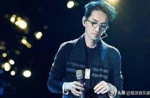 林志炫回母校兑现十年之约,光棍节与师生同唱《单身情歌》太应景