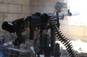 伊朗科学家遇难细节:遥控机枪百米距离扫射,保镖当肉盾挡子弹