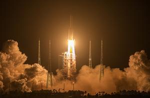 嫦娥5号胜利发射:7项第一,复杂得让人眼花缭乱!意义非比寻常
