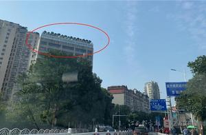 """南昌一樓頂現百平方米""""空中花園""""附近居民擔心存在安全隱患"""