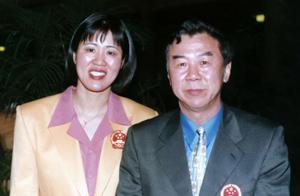 袁伟民曾因奥运会与何振梁结怨,如今一个去世,另一个生活似神仙