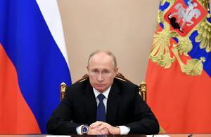 俄阿亚三国签署纳卡地区停火协议,近两千俄维和部队进驻