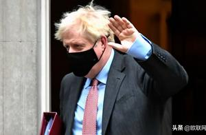 英国确诊突破百万例 英相宣布将实施一个月禁足令