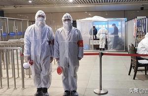 在长春站依然防控疫情的省直机关党员志愿者发了这样一条朋友圈