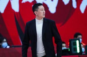 广东战胜北控,杜锋乱搭阵容整懵马布里,玩战术杜锋确实是高手