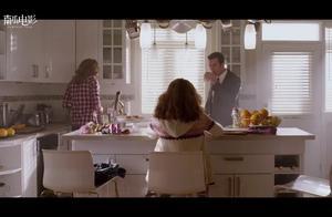 生化危机:一家人一起吃早餐的温馨假象瞬间被丧尸残酷打破