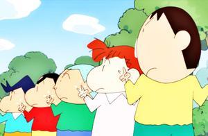 """蜡笔小新:学螃蟹走路!""""老实人""""阿呆也会""""作弊""""哦"""