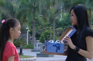 巴啦啦小魔仙:小月想诱惑芬芬成为黑魔仙,她能成功吗?