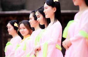 """中国有个地方美女""""泛滥成灾"""",被称为""""男人的天堂"""",你去过吗"""