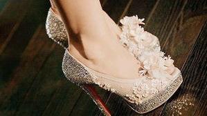 送女票什么高跟鞋