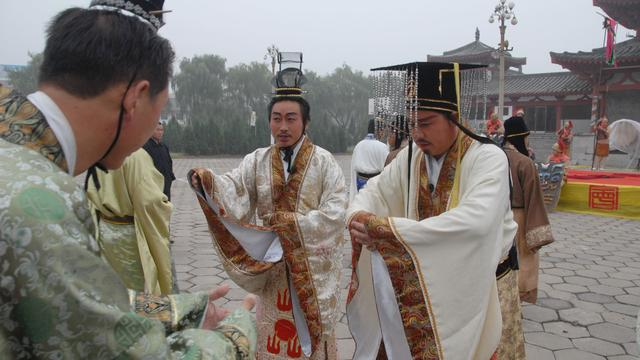中国古代的诸侯和近代的军阀有区别吗