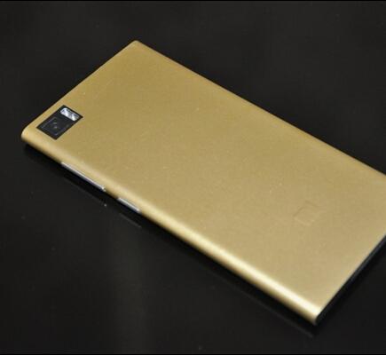 英伟达显卡Tegra 4强四核芯 小米手机M3土豪金版市场价1750元