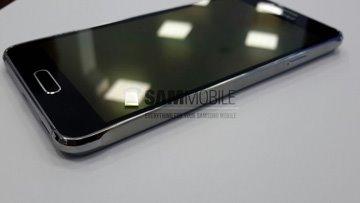 叫嚣苹果iPhone6,三星Galaxy S5 Alpha亮相