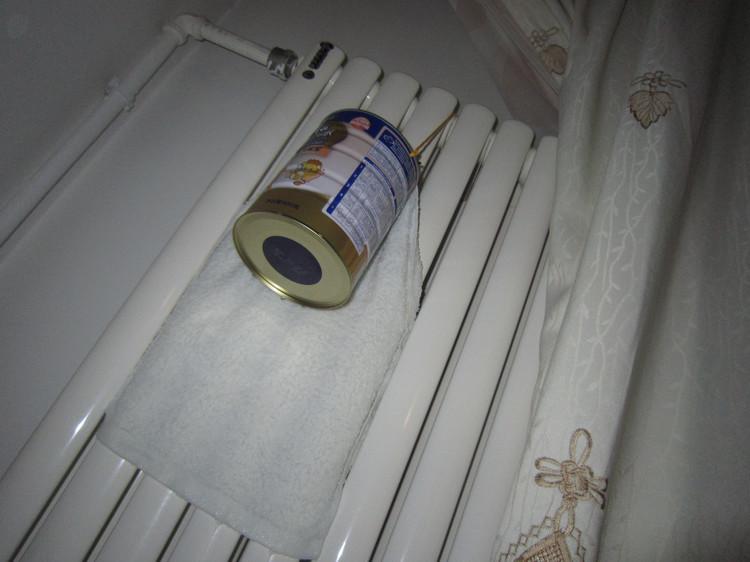 耍了个小聪明,暖气片加上这些废弃物,自制加湿器比买来的还好用